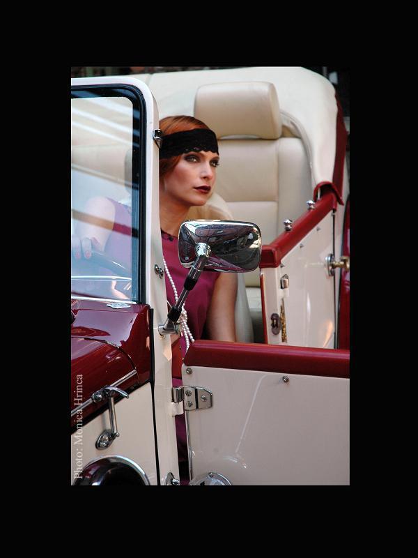 Monica-Hrinca-fashion-photo
