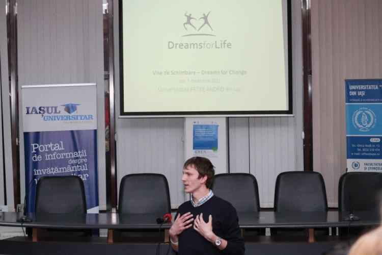 presenting about dreams for life in iasi, 2011